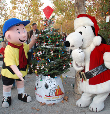 charlie brown christmas tree grove - Charlie Brown Christmas Decorations